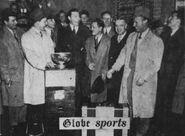 1941 Bruins return w Cup