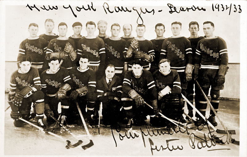 559746c94 The 1932-33 New York Rangers team picture autographed by Lester Patrick