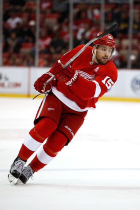 Riley Sheahan 2016.jpg
