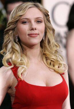 Scarlett-Johansson-635