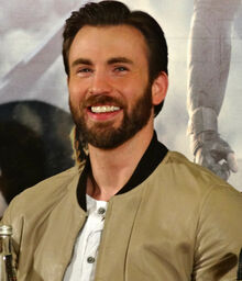Chris Evans - Captain America 2 press conference (cropped)