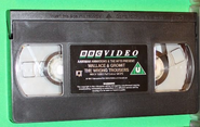 Wallace and Gromit - The Wrong Trousers (UK VHS 1994) Cassette with National Captioning