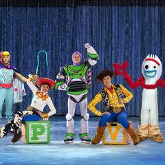 Woody, Buzz, Bo Peep, Jessie, and Forky