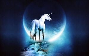 Fondo-Unicornio-y-Luna