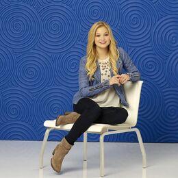Lindy Season 2 Promotional Photo