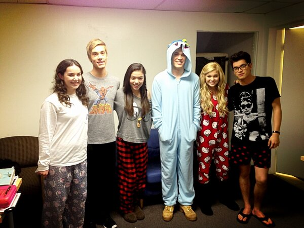 File:Another Picture of the Cast in PJs.jpg