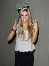 Olivia holt 2012 photo shoot picture 6