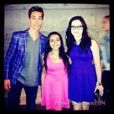 Sarah-gilman-austin-north-blue-for-2014-kids-choice-awards-1