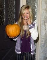 Olivia holt 2012 halloween photoshoot 4