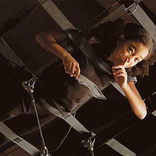 Rue z nożem Cato.