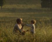 Peeta z synem na łące