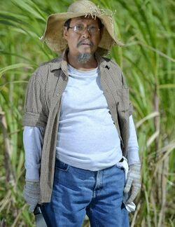 Spanky Manikan as Damian Ikaw Lamang