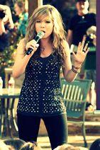 Jennetet singing