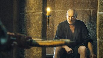 Tywin Lannister alla toilette