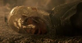 516421-viserys and his golden crown