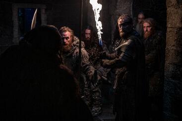 Tormund e Beric incontrano i Guardiani della Notte S8