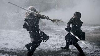 Estraneo vs Jon Snow