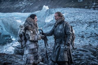 Jon consegna Lungo Artiglio a Jorah