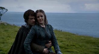 Theon seduce Yara