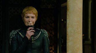 Cersei beve I venti dell'Inverno