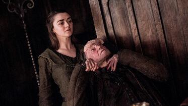 Arya uccide Walder Frey