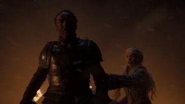 Jorah protegge la sua regina