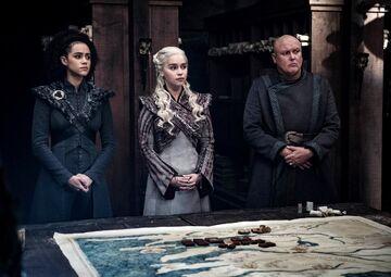 Missandei, Daenerys e Varys S8