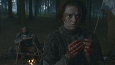 Arya dopo aver ucciso i soldati Frey