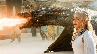 Drogon and daenerys stagione 5