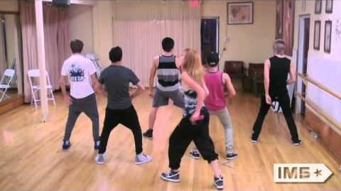 """IM5 & Bella Thorne Rehearse """"Can't Stay Away"""""""