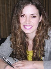 Jenny Frison 001
