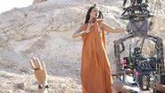"""Behind-the-Scenes """"Sledgehammer"""" by Rihanna"""