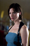 Sienna guillory5