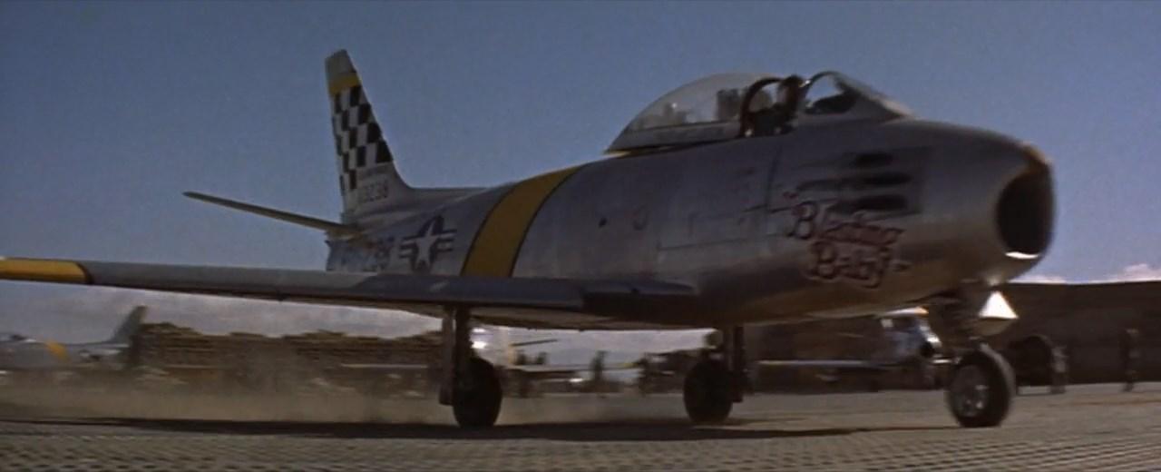 North American F-86 Sabre - YouTube