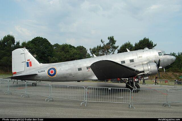 File:C-47, F-AZTE.jpg