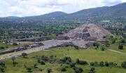 Piramide de la Luna 072006