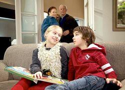 In aller Freundschaft Charlotte und Otto und Lisa und Jonas