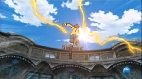 Inazuma Eleven. Golpe de Samba Nivel 3 Vs Mano Ultradimensional 2 Golpe de Vacio Nivel 2.