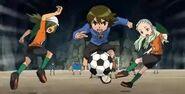 Paolo ayudando a Japon
