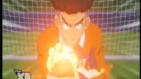 Inazuma Eleven GO Tiro Sonico vs Parada Ardiente
