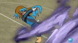 Himeko haciendo el tornado oscuro