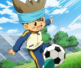 Shinsuke playing with the ball