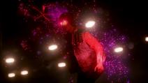 Zły Delsin w tunelu Pioneer po wchłonięciu neonu (inFamous Second Son)