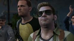 Cole i Zeke obserwują przemówienie Bertranda (inFamous 2)