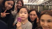 Kwi haru-with-actresses-2