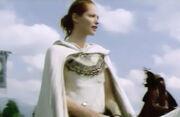 Arya sobre caballo