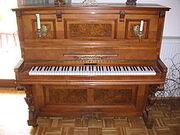 220px-Klavier nah offen
