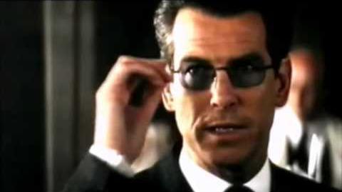 007 El mundo nunca es suficiente (Trailer español)