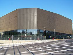 Split arena