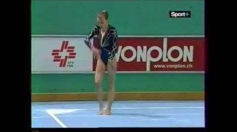 Emilie LE PENNEC (FRA) floor - 2005 Swiss Cup